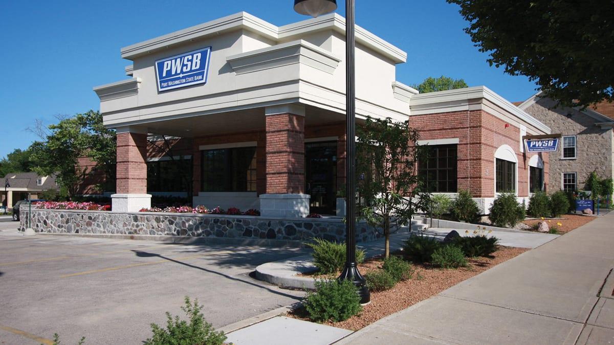 Port Washington State Bank Cedarburg exterior